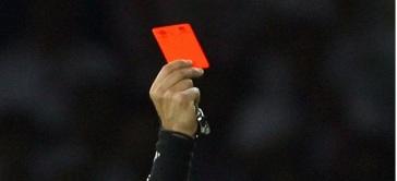 Arbitro Tarjeta Roja
